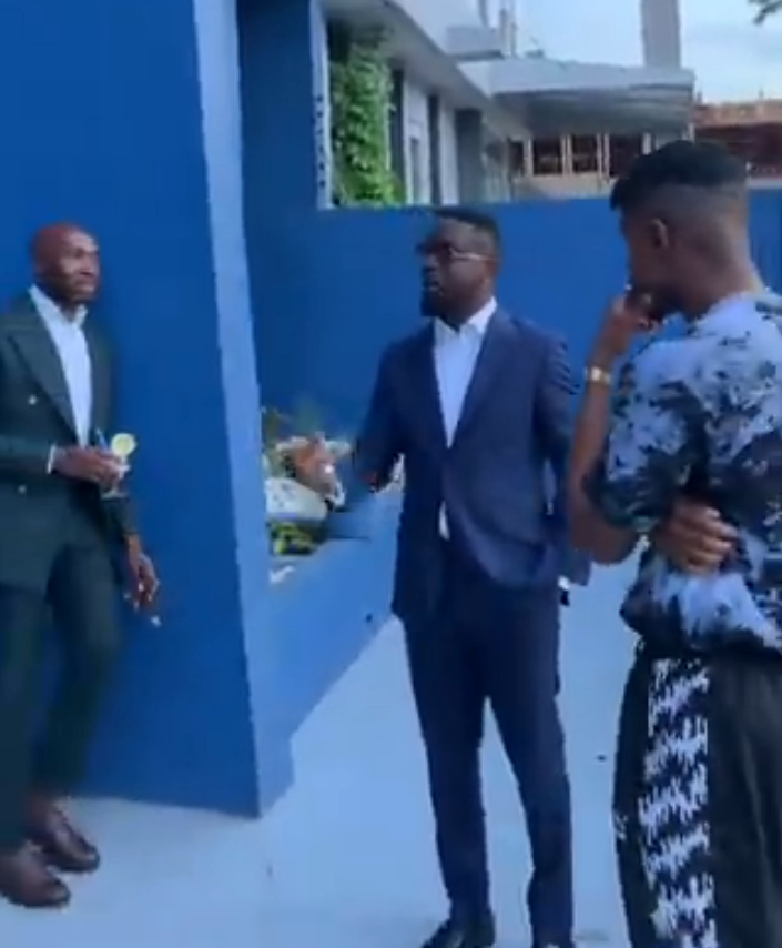 Watch: How It Went When Sarkodie And Ladipoe Met