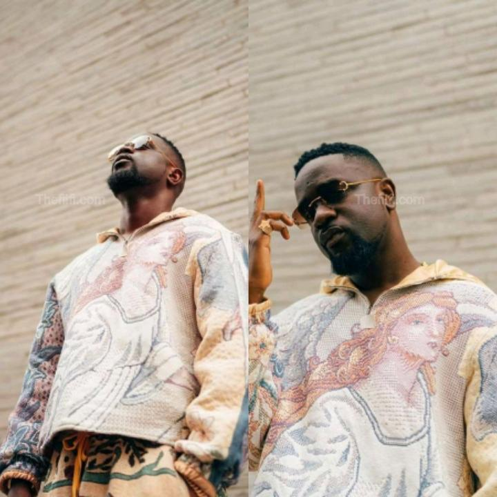 """Sarkodie Only Dissed And Bragged 80% On His """"No Pressure"""" Album, There's No Story Telling – Critic Tells"""