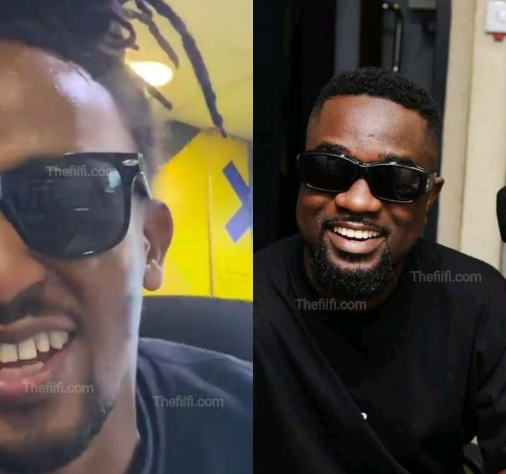 """Video: Too Much Love, Kenyan Journalist Can't Hide His Excitement While He Smashes Sarkodie's """"Fireworks"""""""