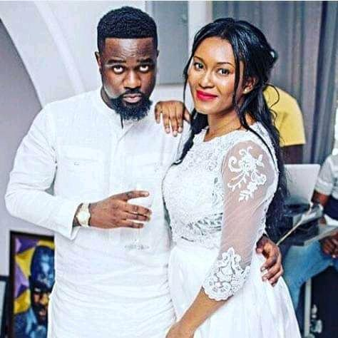 Video: This Is How Tracy SarkCess Used To Give Sarkodie Excuses – Sark Recounts